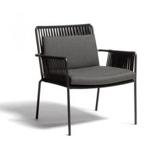 Net Club Armchair by Kettal Sectional Furniture, Dining Furniture, Cool Furniture, Metal Furniture, Cute Living Room, Living Room Chairs, Modern Tailor, Modern Outdoor Furniture, Outdoor Dining Chairs