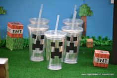 Minecraft Birthday - cups for the kids over at MY PARTY PASSION blog #minecraft #birthday