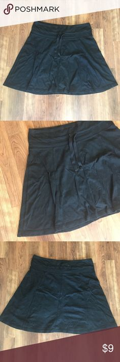Soft Black Skirt Cute, comfy black Skirt. Drawstring, material feels like a sweatshirt type material, but is not heavy. Soft, gently worn, great condition. Merona Skirts Mini