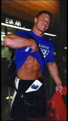 Danggg 😘😘😍😁😁👌👌👍👍 John Cena Pictures, Wwe Superstar John Cena, Wwe Champions, Wrestling Superstars, Wwe Wrestlers, Attractive Men, Good Looking Men, Muscle Men, Men Looks