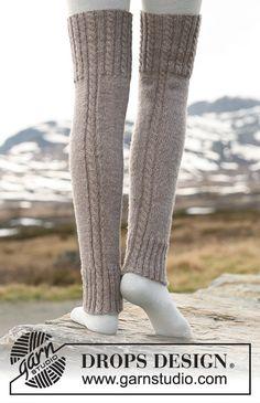 Woolly trotters / DROPS - free knitting patterns by DROPS design Loom Knitting, Knitting Patterns Free, Free Knitting, Knitting Socks, Free Pattern, Pattern Ideas, Crochet Leg Warmers, Crochet Slippers, Knit Crochet