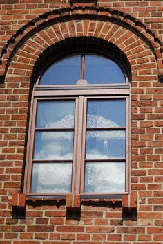 kunststofffenster profil aus dem hause veka foliert in holzoptik holzoptik adigafenster. Black Bedroom Furniture Sets. Home Design Ideas