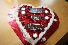 Hochzeitstorte Erdbeer-Herz; Hochzeit in Garmisch-Partenkirchen, Bayern, Riessersee Hotel Resort