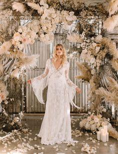 White Lilly Bridal