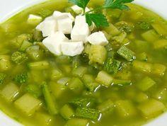 Sopa de calabacitas, papa y cilantro