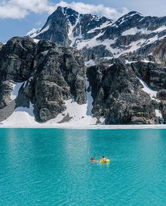 This is our kind of #SundayFunday! Backcountry customer @braybraywoowoo trekked 14km to Wedgemount Lake in British Columbia. We can't think of a better way to reward yourself after a long hike.
