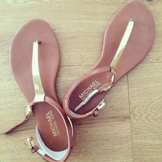 Michael Kors sandals ♡