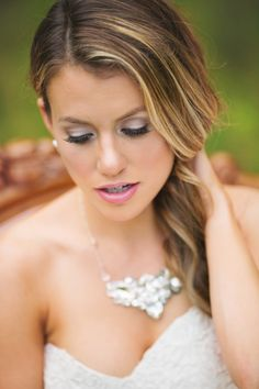 Statement Wedding Necklace by Erin Cole available at Aubre's Bridal #bling #erincole #weddingnecklace #weddingjewelry Photography by Bailey Smith
