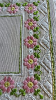 Surface embroidery ideas to stitch Types Of Embroidery, Learn Embroidery, Ribbon Embroidery, Hardanger Embroidery, Embroidery Stitches, Embroidery Patterns, Doily Patterns, Dress Patterns, Cross Stitch Borders