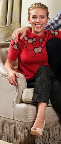 Don Jon, Scarlett Johansson, Beautiful Actresses, Graphic Sweatshirt, Hollywood, Sweatshirts, Sweaters, Beauty, Tops
