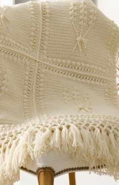 Free crochet Aran nosegay crochet throw  Made this for my daughter a couple of years ago