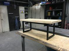 Sidetable   Design meubelair gemaakt door: TouchingSolutions.nl Woods