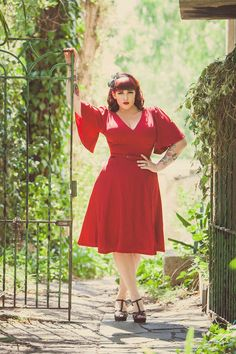 Pinup Couture Plus Size Viva Dress in Red Crepe   Pinup Girl Clothing