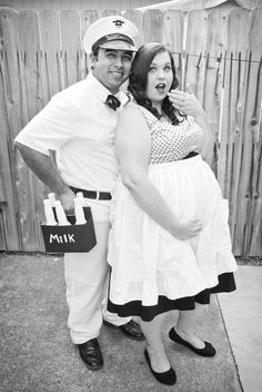 pregnant 50 s housewife and milkman easy diy costume halloween