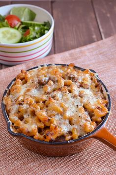 Slimming Eats Low Syn Pasta Bake - gluten free, Slimming World and Weight Watche. - Slimming world recipes - Beef Super Healthy Recipes, Healthy Chicken Recipes, Pork Recipes, Pasta Recipes, Cooking Recipes, Healthy Food, Healthy Eating, Vegetarian Meals, Kitchen Recipes