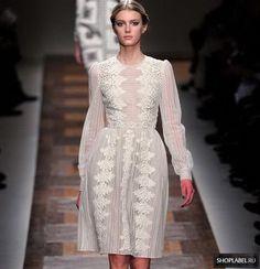 Купить белое платье от валентино