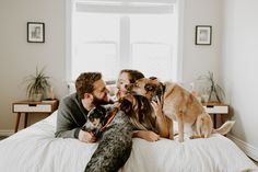 St. Louis in home photos, in-home anniversary photos, in home engagement photos, Saint Louis wedding photography on bed