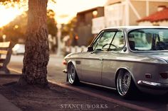 beautiful BMW e9    http://www.stanceworks.com/2012/03/a-walk-in-the-park-with-my-gal-mike-burroughss-1971-bmw-e9/