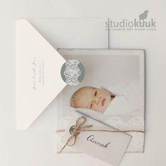Geboortekaartje meisje_brocante stijl_brocante geboortekaartje_fotokaart_label_kokostouw_bijzondere envelop_kant