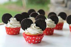 Carolina Charm: Easy Mickey Mouse Cupcakes