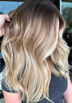 ombre hair 55 Amazing Rooted Blonde Balayage Hair Highlights for Looking for best blonde hair colors? See here the fantastic trends of rooted blonde balayage hair colors and balayage Hair Color 2018, Ombre Hair Color, Cool Hair Color, Brunette Color, 2018 Color, Balayage Blond, Hair Color Balayage, Highlights In Blonde Hair, Highlighted Blonde Hair