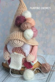 Halloween Crochet Patterns, Crochet Doll Pattern, Crochet Patterns Amigurumi, Diy Crochet Toys, Crochet For Kids, Crochet Projects, Crochet Christmas Gifts, Holiday Crochet, Knitted Dolls