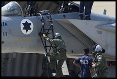 "IAF Israeli Improved Eagle, ""Baz Meshoopar"" (Improved Falcon), pilots running to the jets on Interception Call. Fighter Pilot, Fighter Aircraft, Fighter Jets, Idf Women, Navy Air Force, Saint Francis, Jet Plane, Palestine, Military Aircraft"
