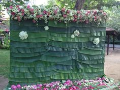 Leaves For Wedding Decorations Thin - banana leaf flowers backdrop, so thais! Backdrop Decorations, Indian Wedding Decorations, Flower Decorations, Backdrops, Wedding Mandap, Wedding Stage, Decoration For Ganpati, Marriage Decoration, Flower Backdrop