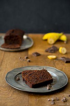 Double Chocolate Banana Bread. Super saftiger Schokoladenkuchen und die wohl himmlischste Art und Weise alte Bananen zu verwerten.