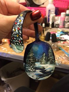 Big spoon ornament painting Spoon Ornaments, Painted Ornaments, Diy Christmas Ornaments, Handmade Christmas, Holiday Crafts, Christmas Decorations, Spoon Art, Big Spoon, Painted Spoons