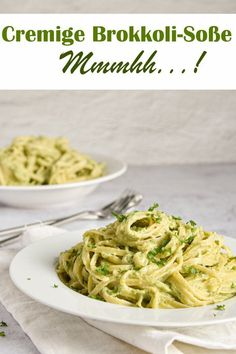 With creamy broccoli Pasta. With creamy broccoli sauce. – mix yourself happily – Food & Non Food recipes (food, cosmetics, cleaning agents etc.) from the Thermomix - Broccoli Pasta Sauce, Clean Eating Recipes, Healthy Recipes, Crockpot Recipes, Sauce Crémeuse, Menu Dieta, Evening Meals, Health Desserts, Easy Desserts