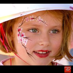 Portrait Face Painting_Chinese New Year Face Painting Flowers, Girl Face Painting, Face Painting Designs, Painting For Kids, Paint Designs, Face Paintings, Maquillage Normal, Cheek Art, Face Paint Makeup