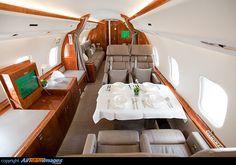 Luxusyachten innen  Bombardier Global Express private jet interior | Heavy Jets ...