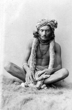 Snake Charmer, 1900. ☚