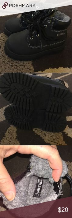 "Toddler, waterproof winter boots size 7 Basically brand new condition, size 7 black waterproof winter boots for toddlers! My son only wore these maybe 5 times and just for ""recess"" in preschool! Don't let em go to waste! Smoke free home! Make me an offer and don't forget to bundle! Smart Fit Shoes Rain & Snow Boots"
