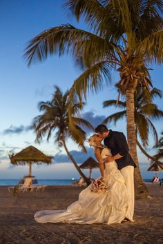 Bride and Groom - Destination Wedding - St. Croix - richard barlow photography