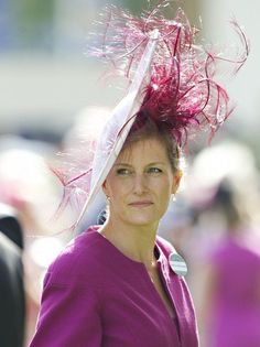 Racing Fashion: Racing Fashion Loves Hatspiration, Royal and Regal