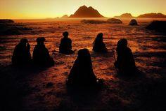 Steve McCurry Kuchi Nomads, Evening Prayer, Kandahar, Afghanistan