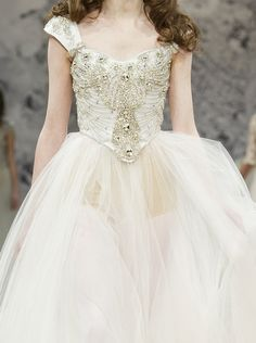 I don't think I'd wear this as my wedding dress, but it is very Princess-y :)