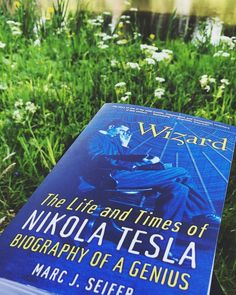 34 Of The Best Biographies Ever Published - Bookish Buzz Best Books List, Book Lists, Good Books, Best Biographies, Nikola Tesla, Biography, Reading, Life, Word Reading