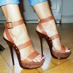 Fab Shoes, Crazy Shoes, Cute Shoes, Cute High Heels, Sexy Heels, Brown Heels, Brown Shoe, Shoes World, Sneaker Heels