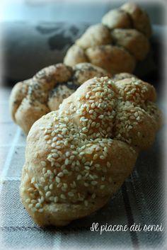 treccine al parmigiano My Favorite Food, Favorite Recipes, Best Italian Recipes, Latest Recipe, Antipasto, Mediterranean Recipes, Creative Food, Bread Baking, Soul Food