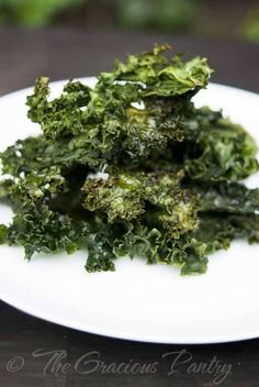 Clean Eating Kale Chips Recipe ~ https://www.thegraciouspantry.com
