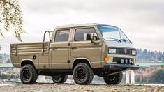 Bid for the chance to own a Modified 1989 Volkswagen Doka Syncro at auction with Bring a Trailer, the home of the best vintage and classic cars online. Transporter T3, Volkswagen Transporter, Vw T1, Vw Bus T3, T3 Camper, Vw Vanagon, Volkswagen Karmann Ghia, Vw Modelle, Vw Pickup