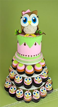 Wonderful DIY Cute Owl Cake | WonderfulDIY.com