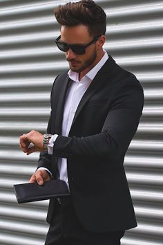 Cheap latest coat pant designs, Buy Quality coat pant designs directly from China best men suits Suppliers: 2017 Latest Coat Pant Designs Black Casual Custom Beach Men Suits Best Man Peaked Lapel Skinny Simple 2 Pieces Jacket+Pants 362 Mode Masculine, Dapper Gentleman, Gentleman Style, Fashion Mode, Suit Fashion, Classy Fashion, Fashion Black, Fashion Boots, Fashion 2016