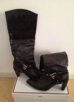 A vendre sur #vintedfrance ! http://www.vinted.fr/chaussures-femmes/bottes-and-bottines/6342050-bottes-couleur-marron-muratti-superbe-affaire