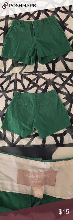 Green banana republic shorts Green shorts super cute needs new home Banana Republic Shorts