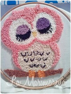 The Yaya Seamstress: A keychain tie, an easy gift for … – Gift Ideas Ribbon Embroidery, Embroidery Stitches, Embroidery Patterns, Hand Painted Fabric, Punch Needle Patterns, Punch Art, Rug Hooking, Valentine Gifts, Crochet Projects