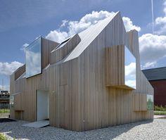 nachodaveproxy:    martwo:    masloo:  Rocha Tombal Architects - House Bierings | via  sketch up house  (via architectureinspiration)